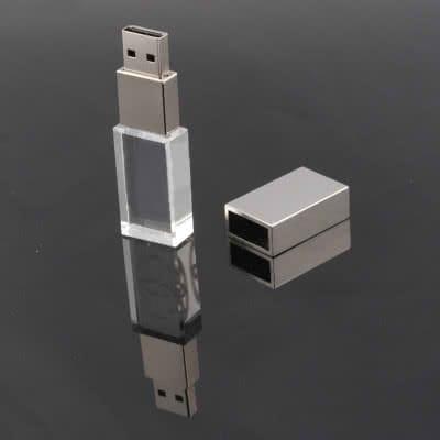 Clé USB en verre gravé Stevens