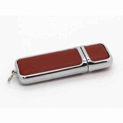 Clé USB en cuir avec coque métallique Darwil